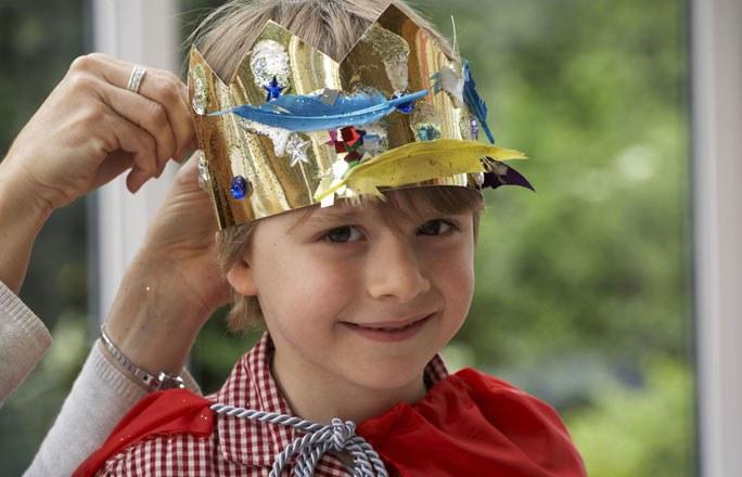 partyspiel-K-nig-und-Untertanen-fuer-kindergeburtstag