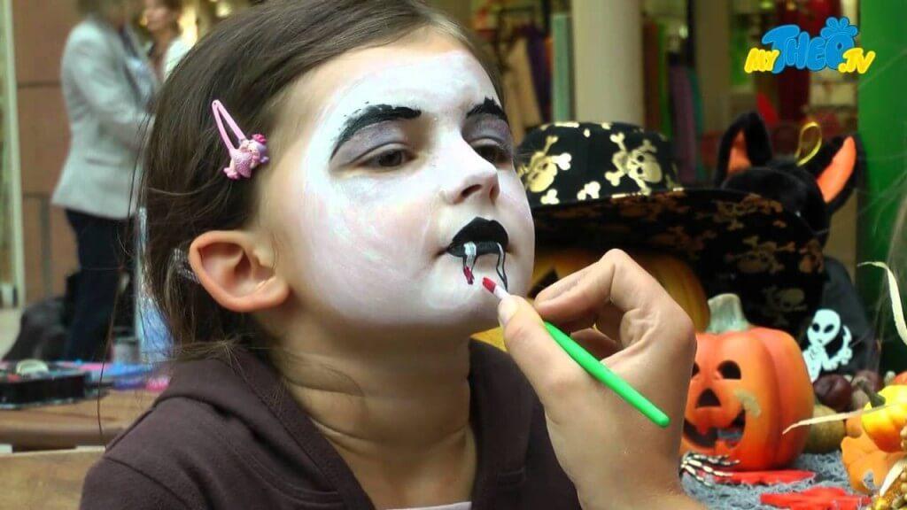 vampire schmink fuer Kindergeburtstag