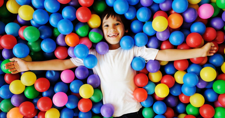 partyspiele kinderspiele geburtstagsspiele