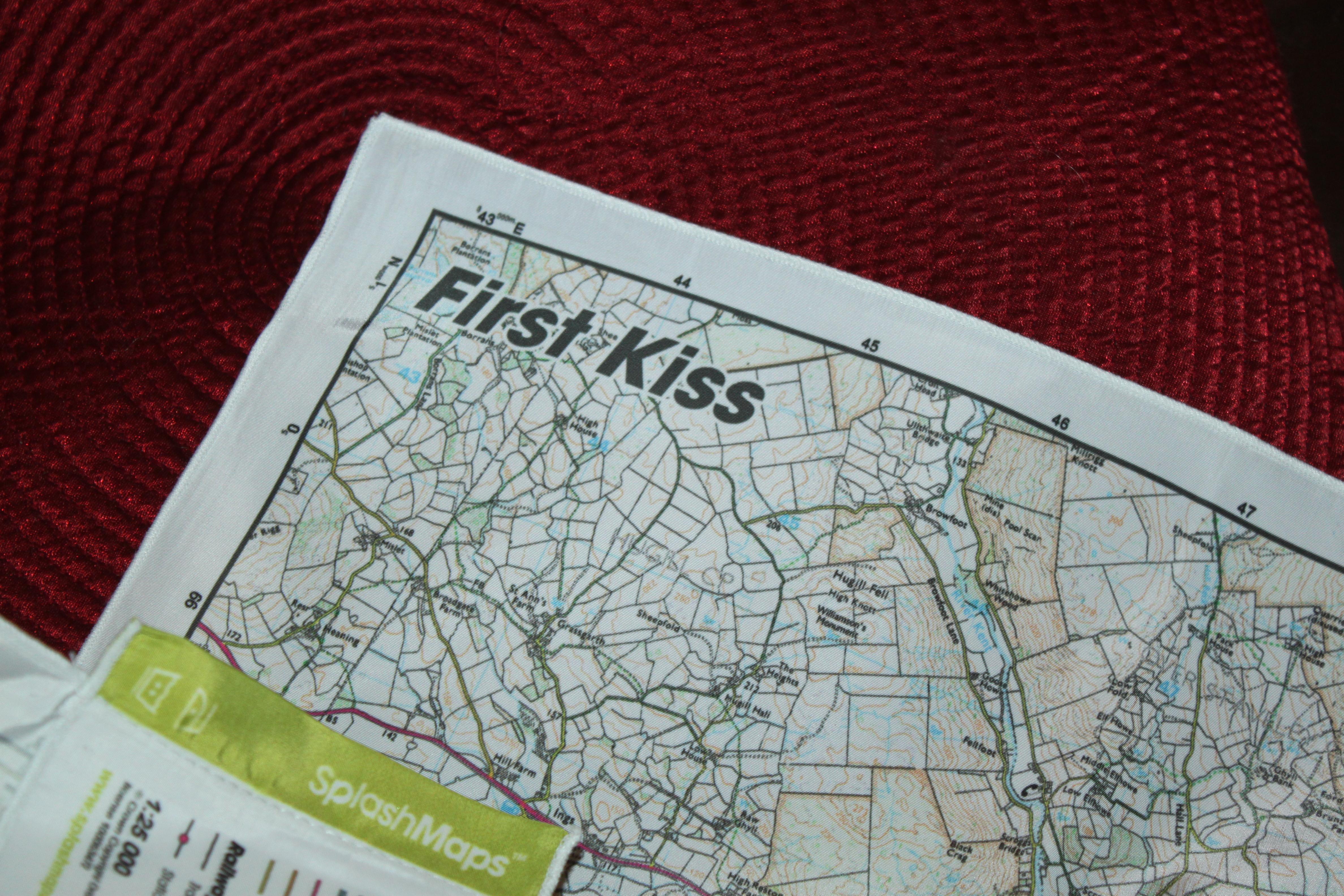 romantische Schatzsuche geburtstagsideen geschenkideen geburtstagsspiele valentinstag Kuss