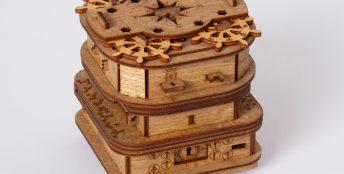 Cluebox - 90 min Escape Room in the Box. Davy Jones' Locker